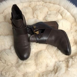 Isola leather ankle booties